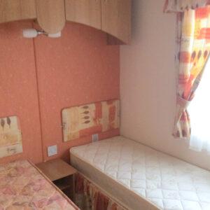 COSALT-CARLTON-twin-bedroom