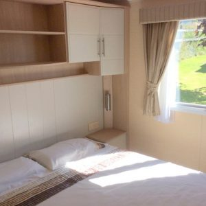 Willerby14-dble-bedroom